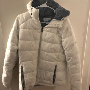 Women's white Columbia jacket